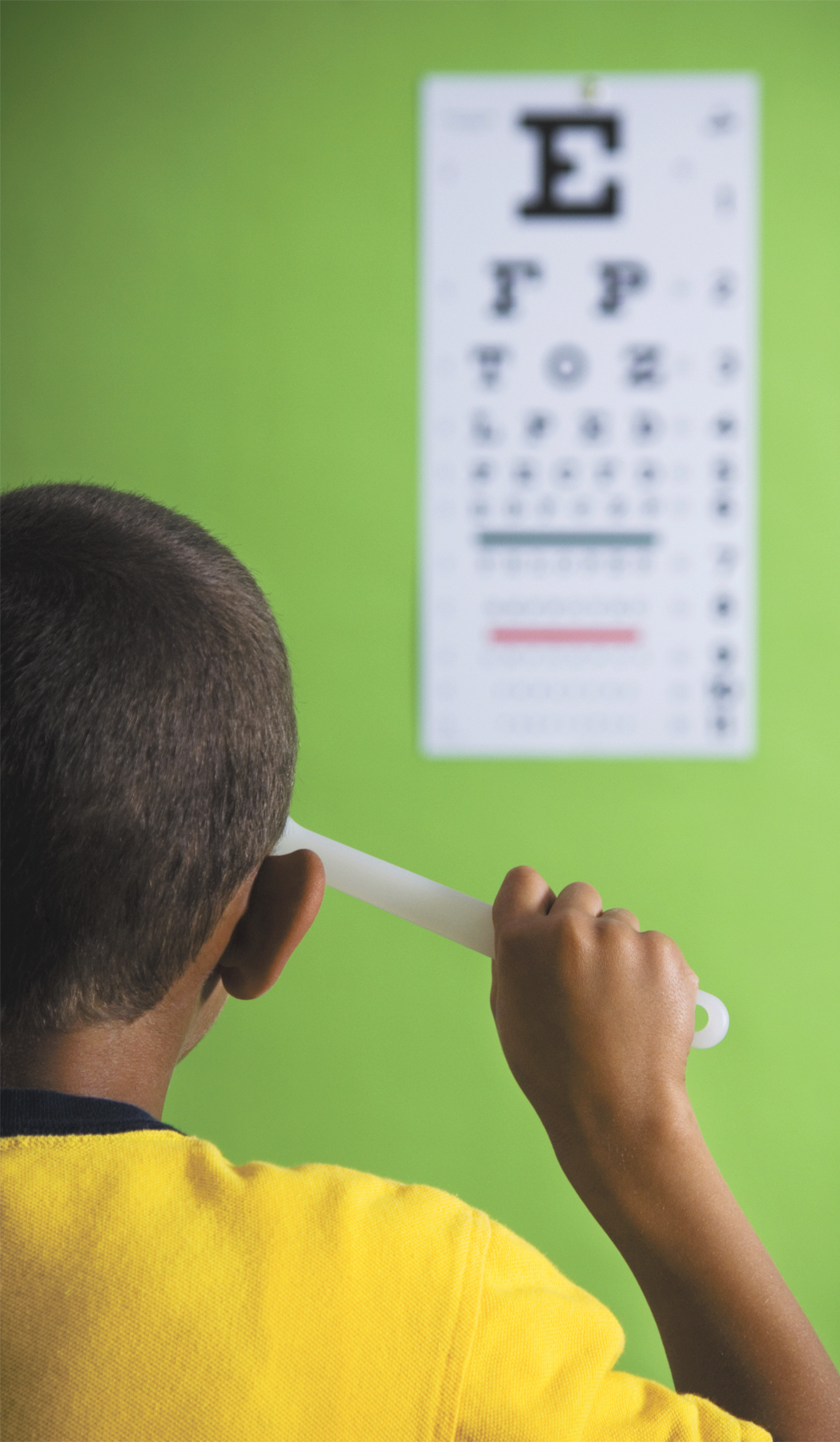 boy-with-eye-chart